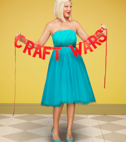 Chatting Crafting With Tori Spelling!