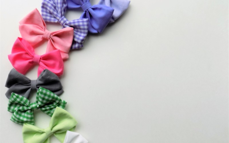 Simple and stylish handmade bows and clips with Bow & Anchor Co + a giveaway!