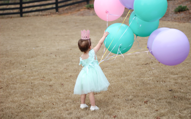 Capturing The Perfect Balloon Birthday Pictures