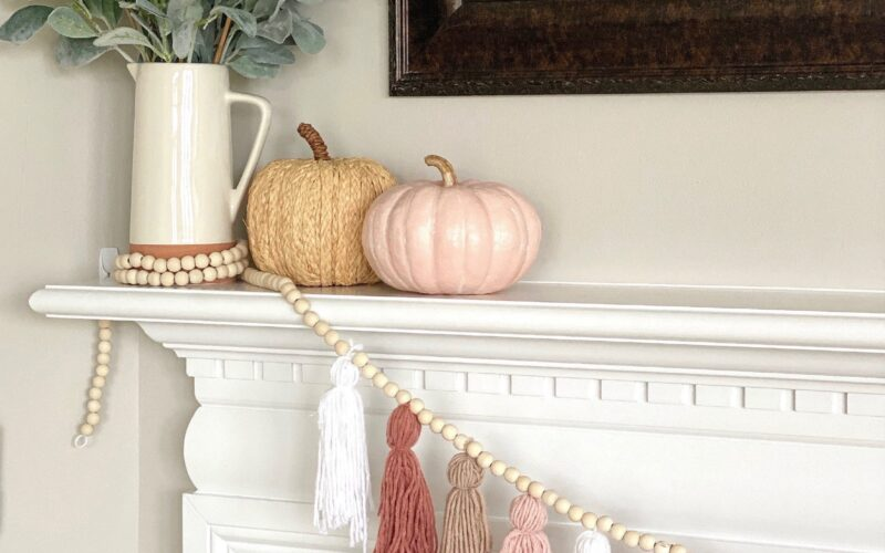 Current Obsession: Fall Garland & Cute Bows